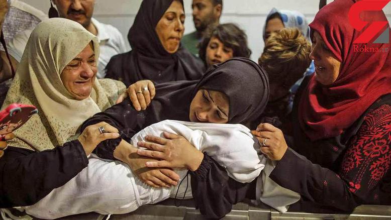 این دختر 8 ماهه با گاز اشک آور خفه شد! + عکس وداع تلخ مادر با لیلا