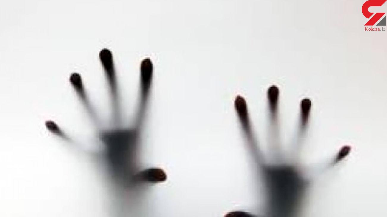 خودکشی یک دختر در کرمان چه پشت پرده ای داشت / 5 هزار آمپول برای نجات!