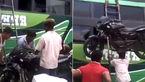 جابهجایی موتورسیکلت به سبک فیلمهای بالیوودی! + فیلم
