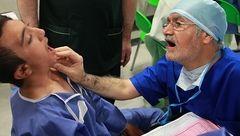 پزشکانی که با عشق جراحی میکنند/ خیراتی از جنس لبخند!