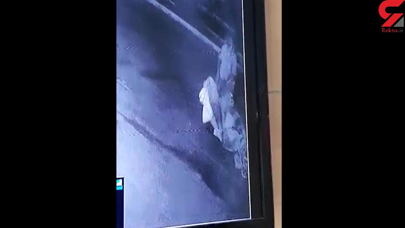 سارق در منهول های فاضلاب آبادان دستگیر شد + فیلم