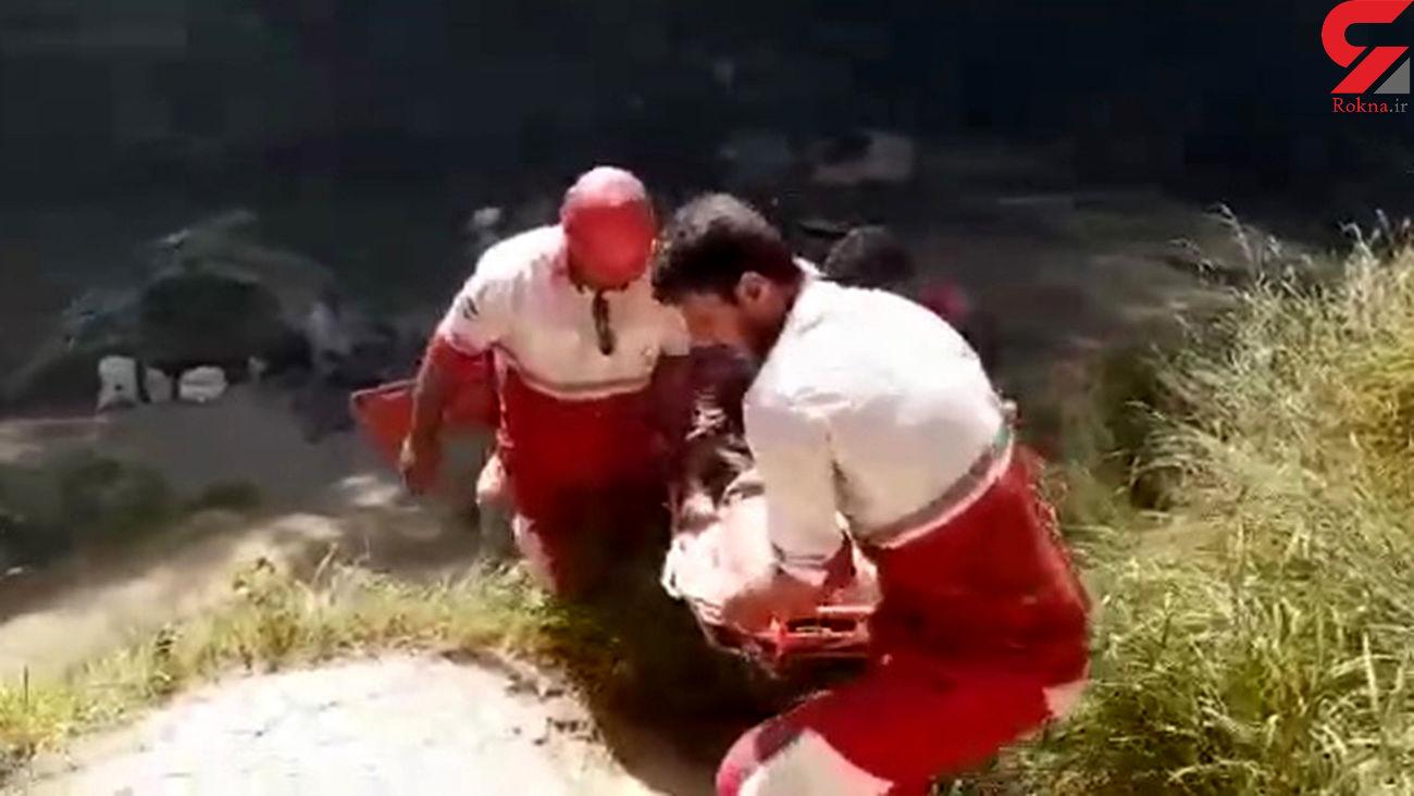 فیلم سقوط جوان کوهنورد از آبشار لوه گرگان