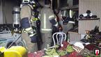 شعله های آتش در آشپزخانه + عکس