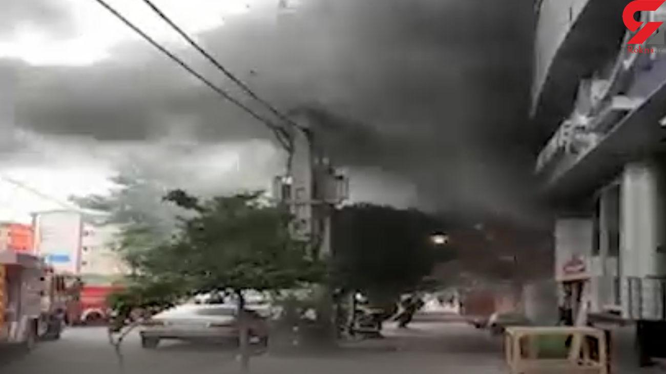 آتش سوزی هولناک ساختمان تجاری در بابل +فیلم