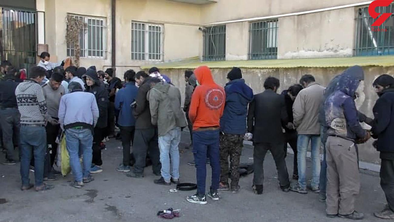 بازداشت 60 مرد افیونی در پاتک پلیس پردیس + عکس