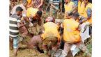 162 کشته و هزاران بی خانمان درسیلاب بنگلادش+عکس