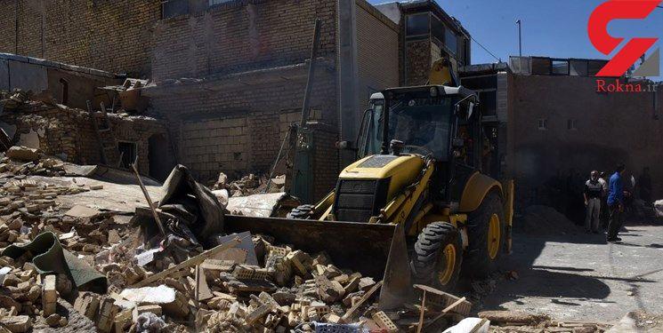 فاجعه مرگبار در شهرضا / انفجار فاضلاب ساختمان را بر سر یک زن و مرد فروریخت + تصاویر