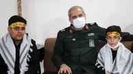 حضور سردار یزدی و حجتالاسلام ابوترابی فرد در منزل شهید محمد محمدی + تصاویر