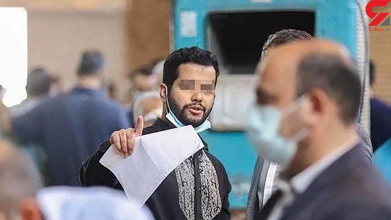اولین عکس از میلاد حاتمی در دادسرای تهران ! / اتهامات اخلاقی و مالی + گفتگو