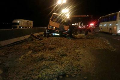 تصادف در اتوبان قزوین- تهران + عکس