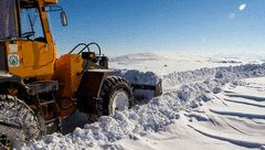برف راه ارتباطی ده ها روستای استان اردبیل را بست