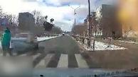 تصادف هولناک راننده مست با کالسکه یک کودک+فیلم