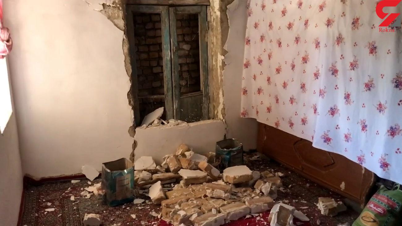 فیلم سقوط سنگ بزرگ روی یک خانه در زلزله قوچان