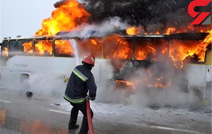 اتوبوس بنز با ۲۶ مسافر در جنگل سوخت