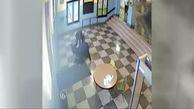 فیلم برخورد خشن 2 مامور پلیس با دختر 17 ساله باردار + عکس