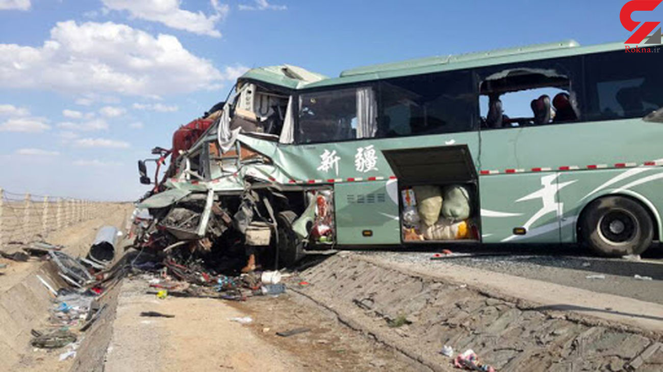 11 کشته و 19 زخمی در حادثه واژگونی اتوبوس مسافربری در چین + عکس