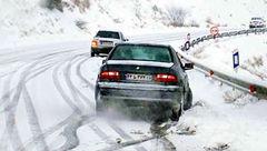 برف جاده کرج - چالوس را لغزنده کرد