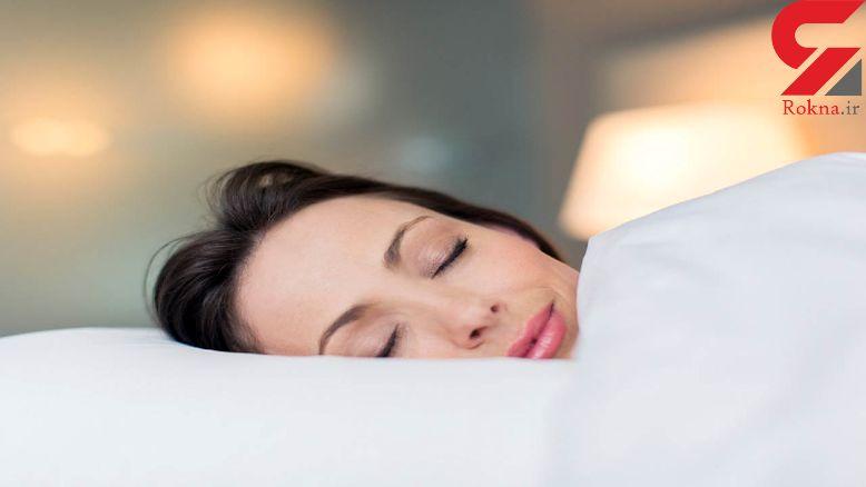 چرا نباید با موهای خیس خوابید