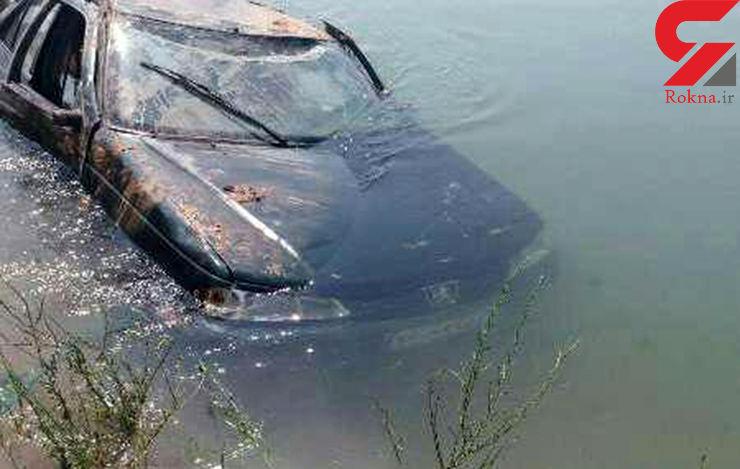 تصاویر تلخ از مرگ کودک 4 ساله در سقوط خودرو به کانال آب+عکس