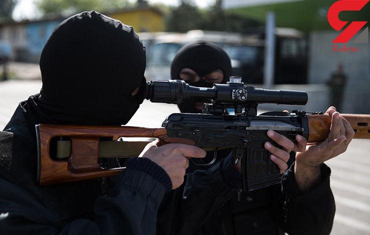 محاصره 11 ساعته یک قاچاقچی سرشناس از سوی 300 پلیس شیراز/شورای تامین مهلت یک ساعته داده است