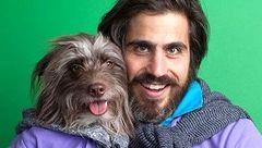 این مرد لباس هایش را با سگ خود ست می کند+تصاویر