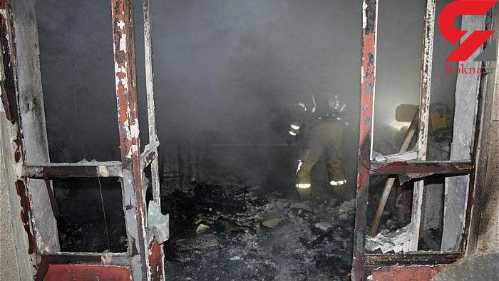 آتش به جان خانه قدیمی افتاد + عکس