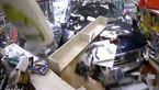 فیلم لحظه ورود ماشین شاسی بلند به داخل فروشگاه / فروشنده خوش شانس زنده ماند + تصاویر