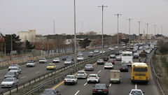 ترافیک نیمهسنگین در آزادراه کرج-تهران/ محور شمشک-دیزین مسدود است