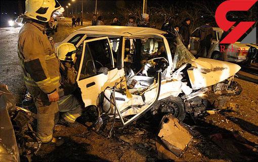 تصادف شدید پراید و پژو 405 / 3 سرنشین پراید در اتاقک متلاشی شده گرفتار + گزارش تصویر از حادثه