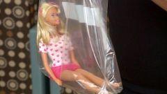 عروسک  داخل قبر راز  جسد دختر را فاش کرد+عکس