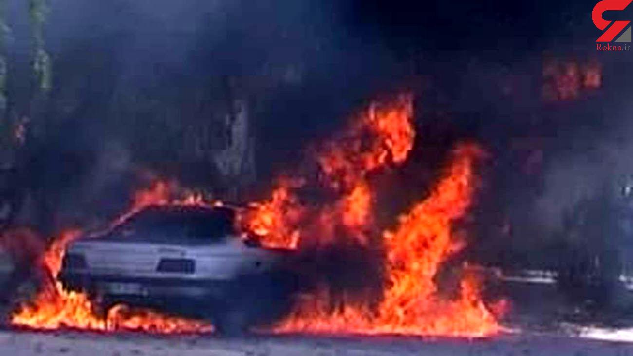 2 مرد زنده زنده در آتش پژو 405 سوختند و مردند و زن جوان زنده ماند