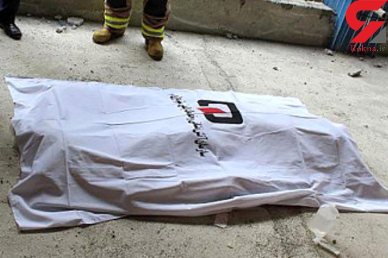 کشف جسد پسر جوان دادستان بوشهر در خانه اش / راز تفنگ شکاری چیست؟