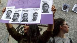 حکم عجیب دادگاه برای 5 شیطان باند گله گرگ ها / آن ها در پرونده آزار دختر 18 ساله آزاد شدند + عکس
