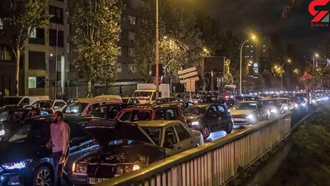 ترافیک بی سابقه اطراف پاریس پیش از اجرای قرنطینه دوم + فیلم