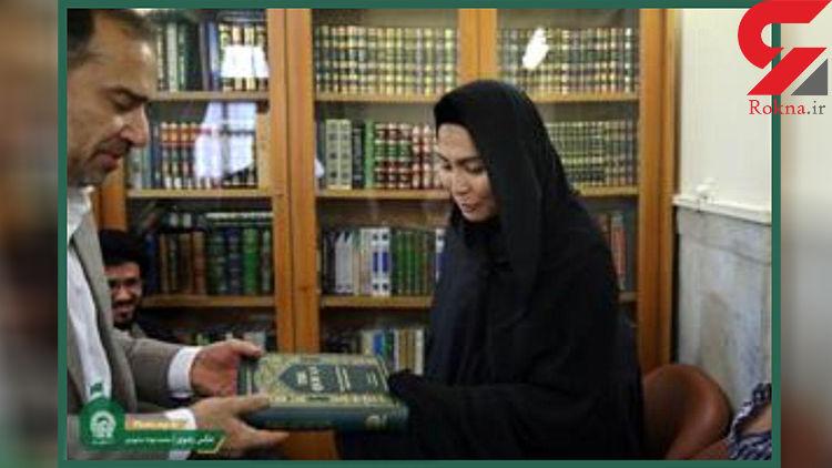 اقدام زن بودایی در حرم امام رضا(ع) سوژه رسانه ها شد+ عکس