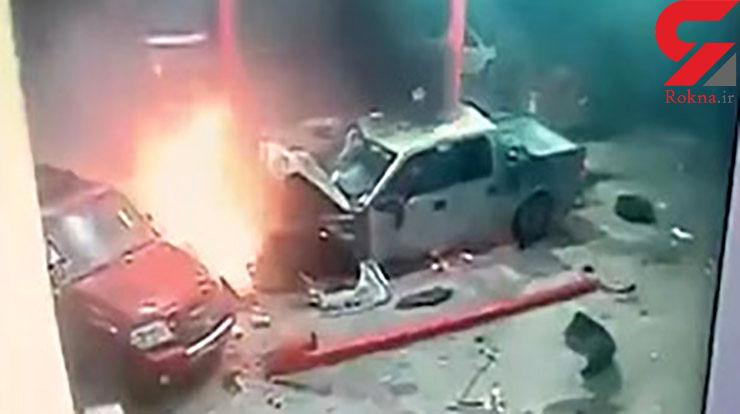اقدام شجاعانه کارکنان پمپ بنزین در نجات یک راننده از آتش + فیلم