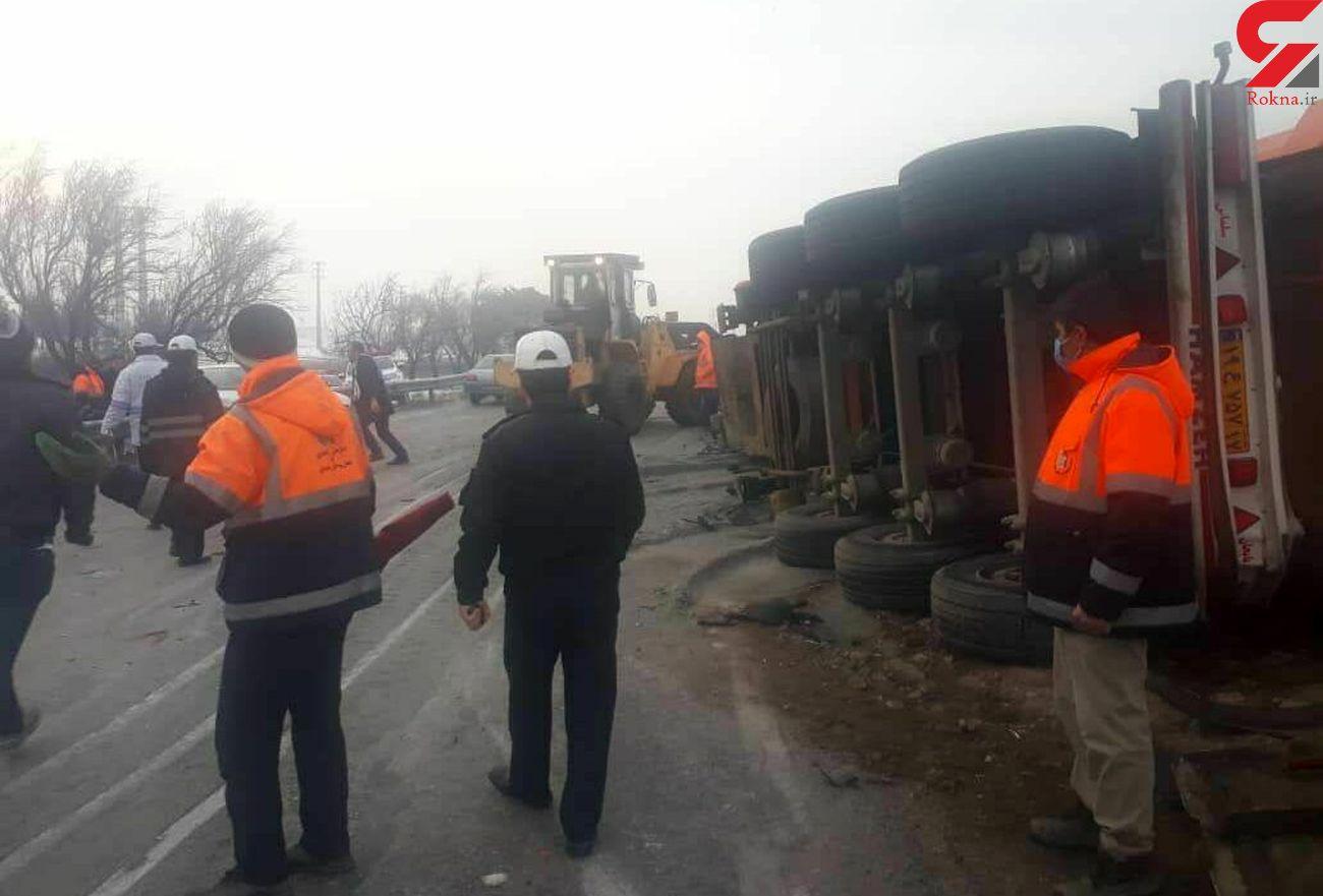 تصادف شاخ به شاخ پیکان و کامیون با 4 کشته و 2 زخمی در همدان
