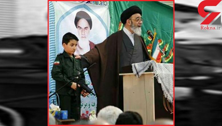 محافظت از امام جمعه تبریز با تفنگ پلاستیکی+ عکس ها