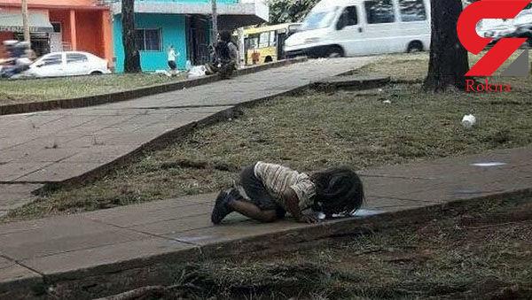 عکس  دردناک  یک دختر بچه که دنیا را تکان داد + عکس خیلی تلخ