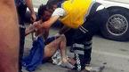 زینت مرد غریبه را به خانه برده بود که مادرشوهرش مچ گیری کرد+ عکس صحنه درگیری