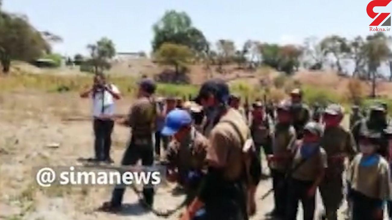 فیلم کودکان و نوجوانان مسلح در مکزیک