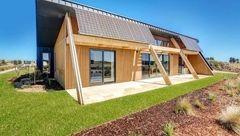 خانه ای از مواد بازیافتی ساخته شد