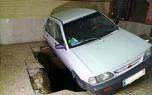 سقوط پراید به کف پارکینگ خانه در خیابان 17 شهریور +عکس