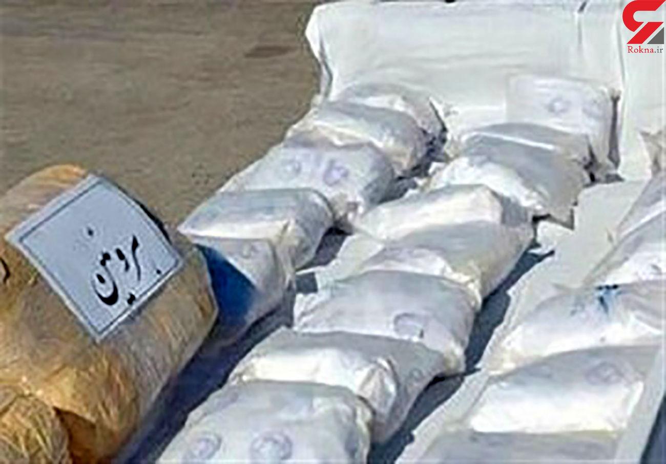 کشف 129 لیتر مواد مخدر از نوع آب شیشه در هنگ مرزی تایباد