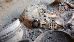 کشف اولین چشم مصنوعی جهان که قدمت ۵۰۰۰ ساله دارد+عکس