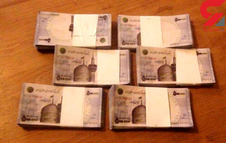 کشف 101 میلیون چک پول تقلبی در شیراز
