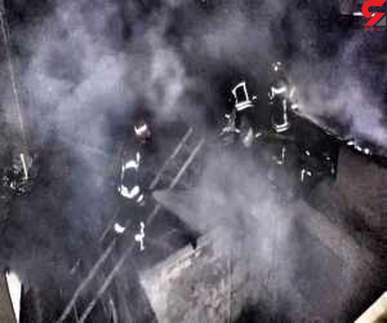 خانه ویلایی در شعله های آتش سوخت + فیلم و عکس