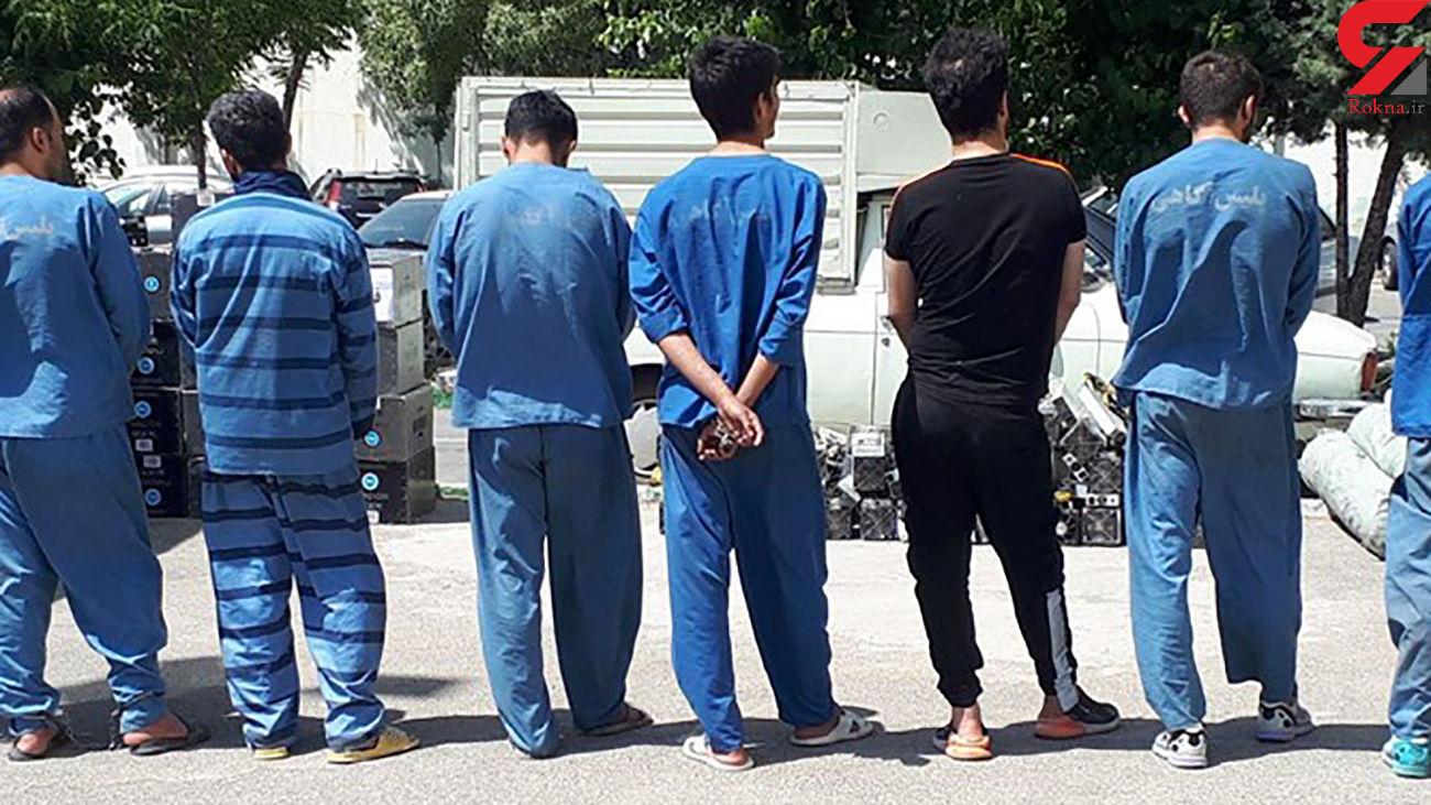 بازداشت مخوف ترین مرد فراری و 5 نوچه اش قبل از ترک ایران