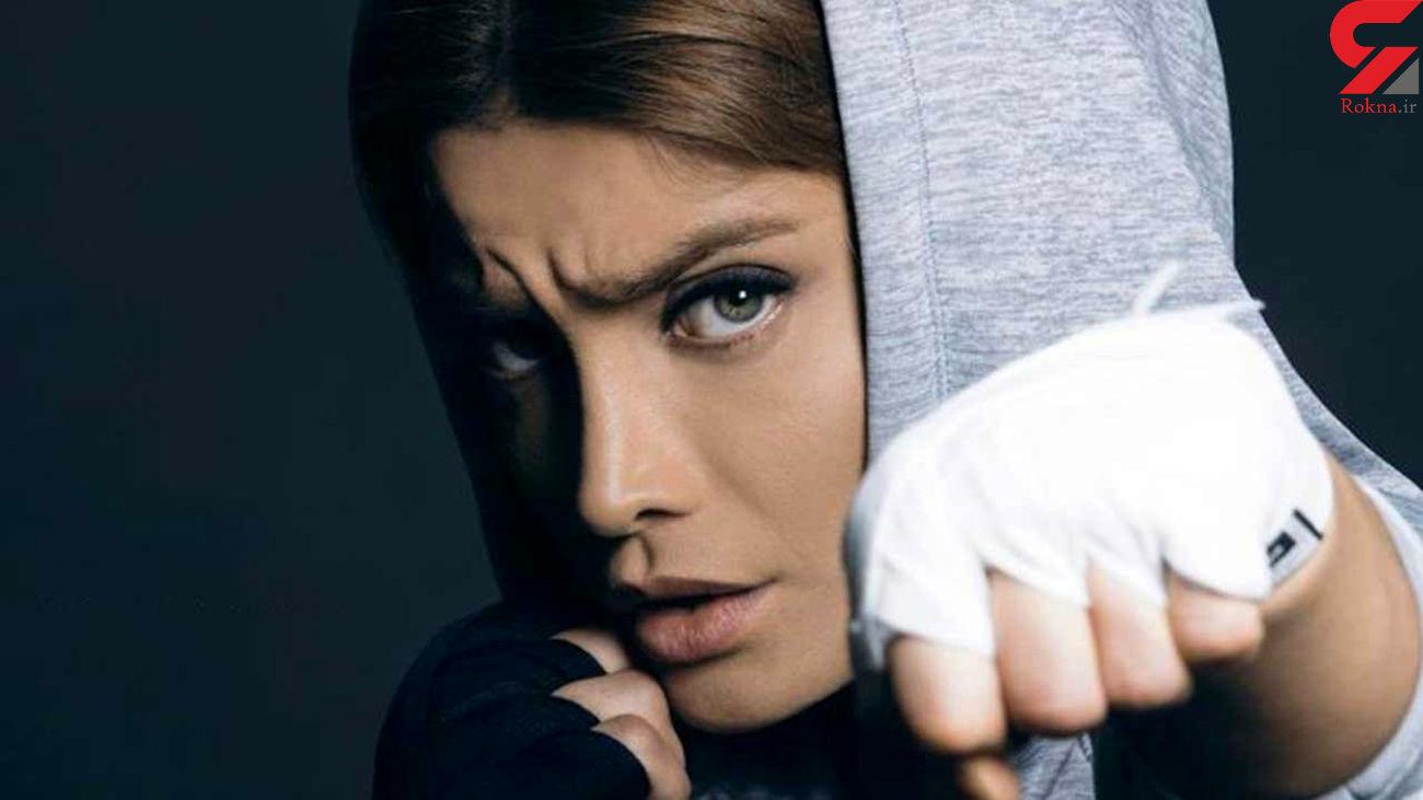 خانم بازیگر پرسپولیسی چشمان رنگی دارد ! گفتگو با تینا آخوندتبار + عکس