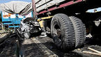 تصادف زنجیره ای 5 خودرو در جاده ساوه / 3 تن کشته و زخمی شدند